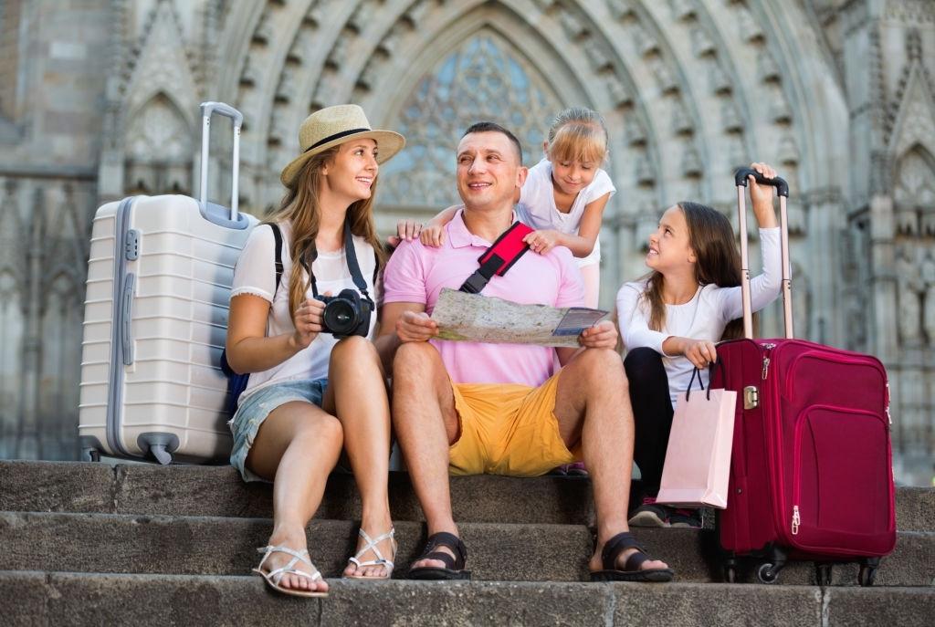 Qué llevar en la maleta en un viaje con niños